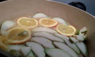 Перепелки в медово-горчичном маринаде с грушей и апельсином