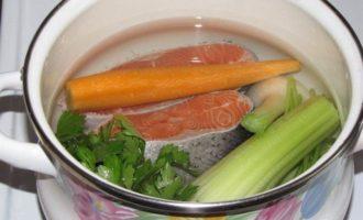 Ланспик с кремом из форели и креветками