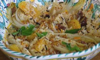 Рисовый салат с цикорием и оливками
