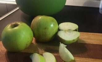 Пирог яблочный постный