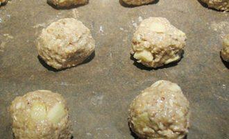 Овсяное печенье с яблоками и орехами