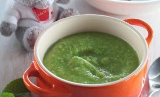 Суп для детей из зеленого горошка