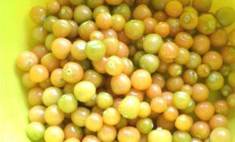 Варенье из земляничного физалиса с корицей и лимоном