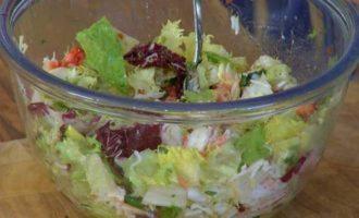 Салат с крабами и грейпфрутом